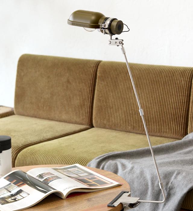 POST GENERAL.  HANG LAMP TYPE3